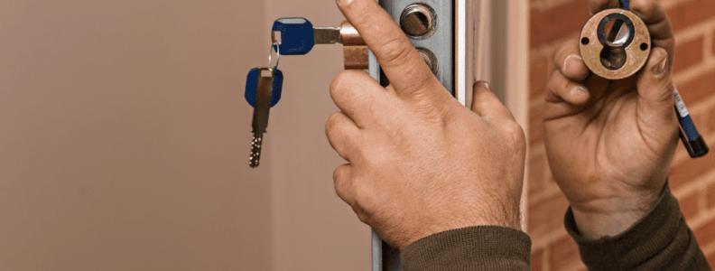 Cambio de cerradura 1024x1000 792x300 - Cambiar Cerradura Pinto Apertura Puerta Pinto Precio