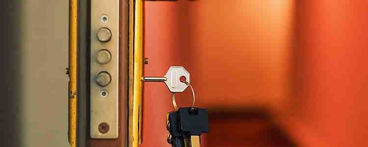 cambio de cerraduras 1 750x300 - Cambiar Cerradura Arganzuela Apertura Puerta Arganzuela Precio