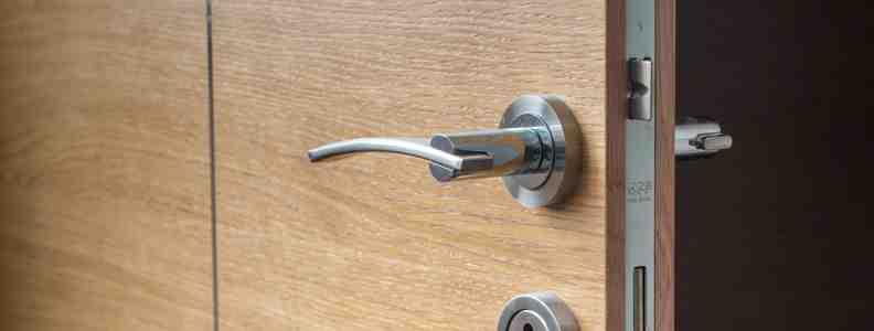 cerraduras alta seguridad 792x300 - Cerrajero Aravaca Urgente Cerrajeria Aravaca 24 Horas