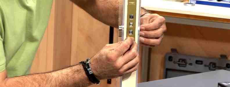 maxresdefault 792x300 - Serrurier Madrid Réparation Serrures Madrid