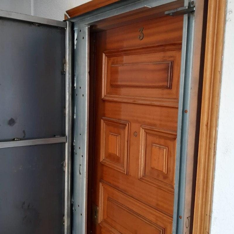 woo1 - Puertas Antiokupa con Cerradura Inteligente