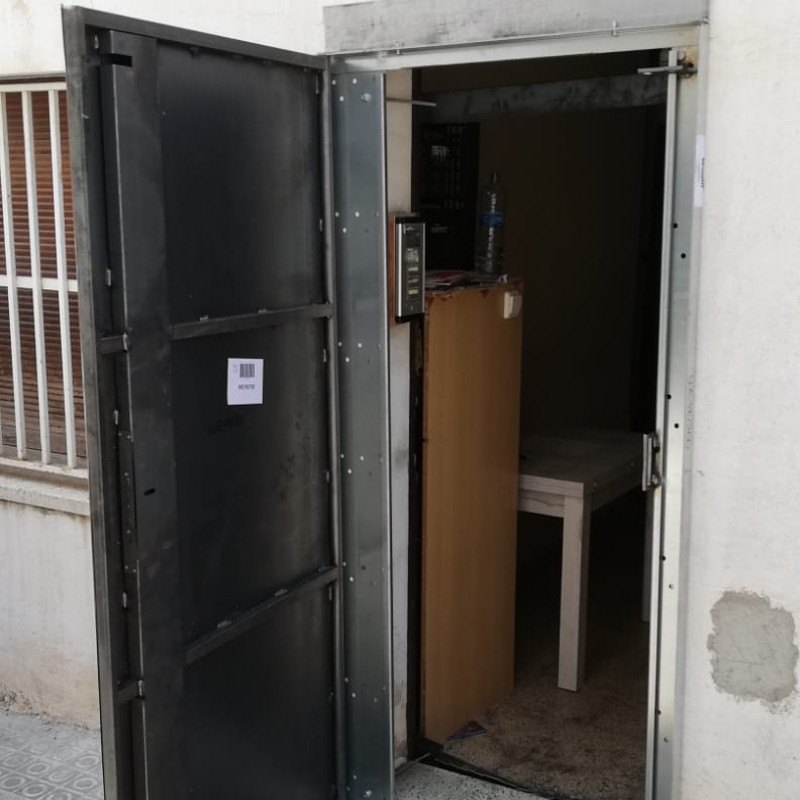 woo2 - Puertas Antiokupa con Servicio de Instalacion